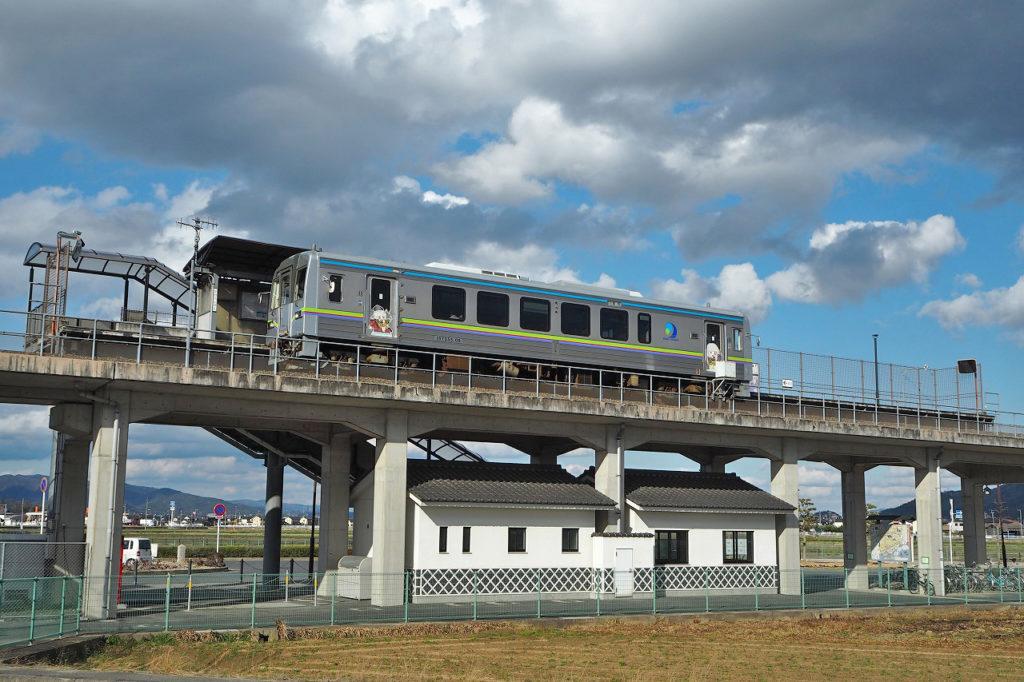 川辺宿駅 電車