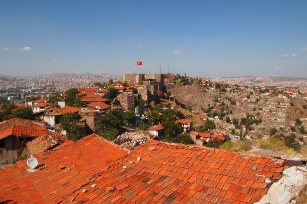 トルコ アンカラ城 旅女