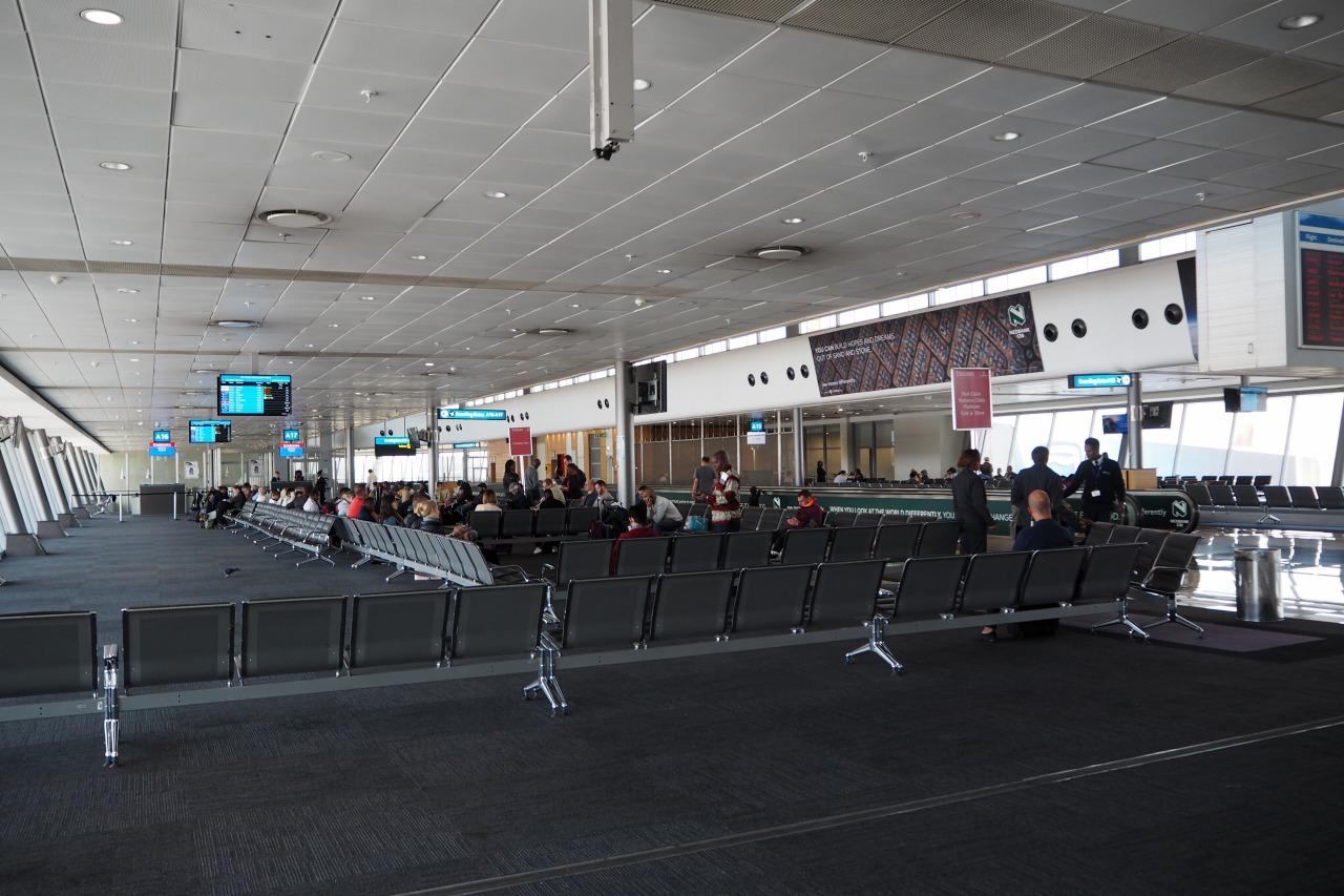 ヨハネスブルグ 空港 旅女