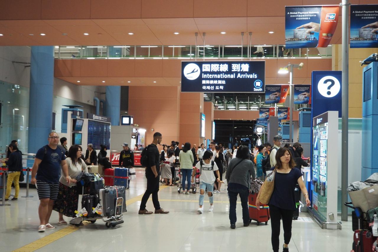 関西国際空港 旅女
